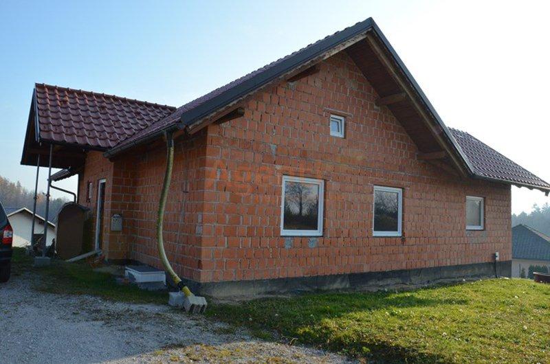 Hiša samostojna