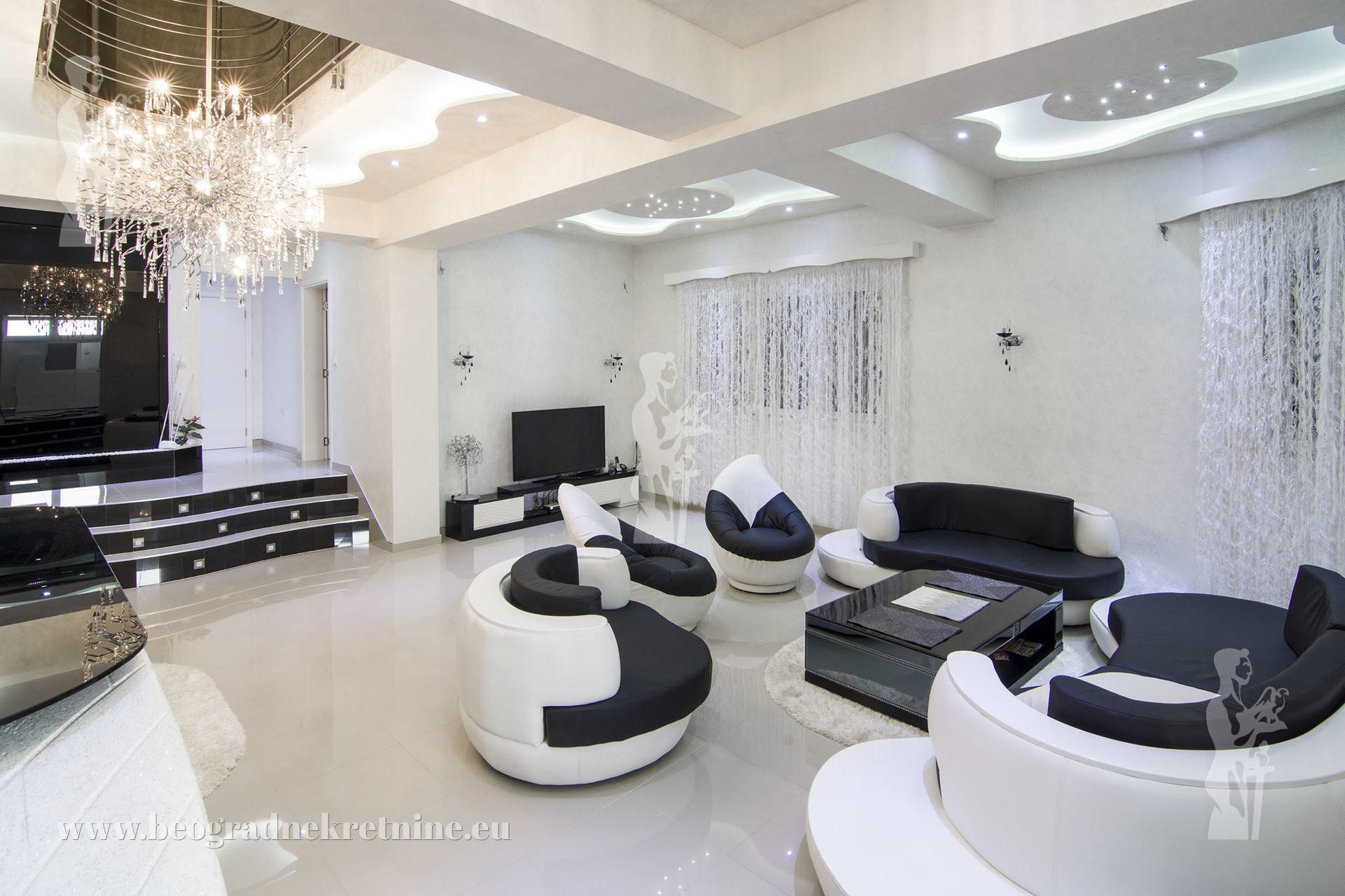 Crno bela luksuzna 7 0 kuća Gornji grad Zemun