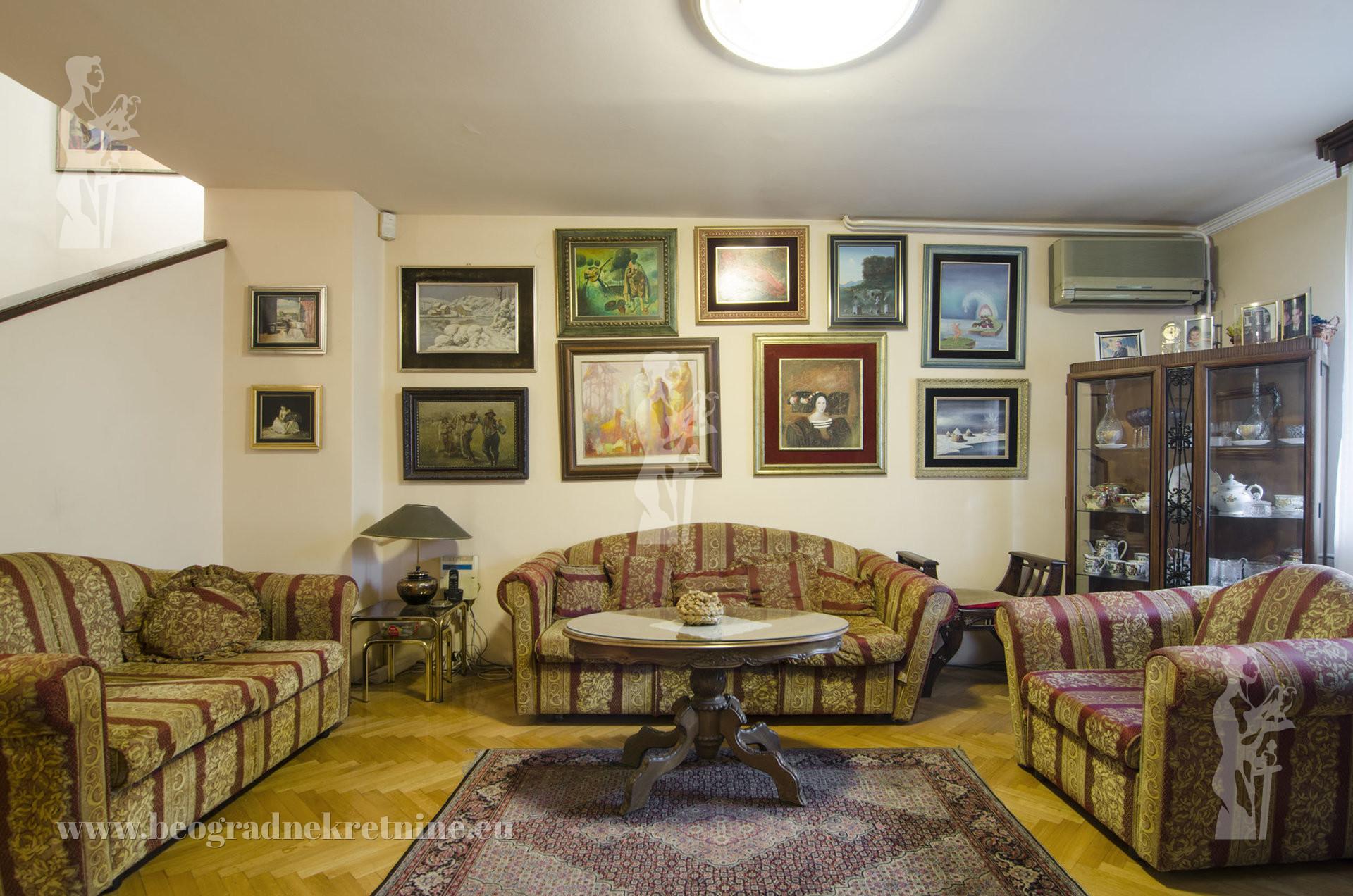 Novi Beograd Bežanijska kosa l kuća 350m2