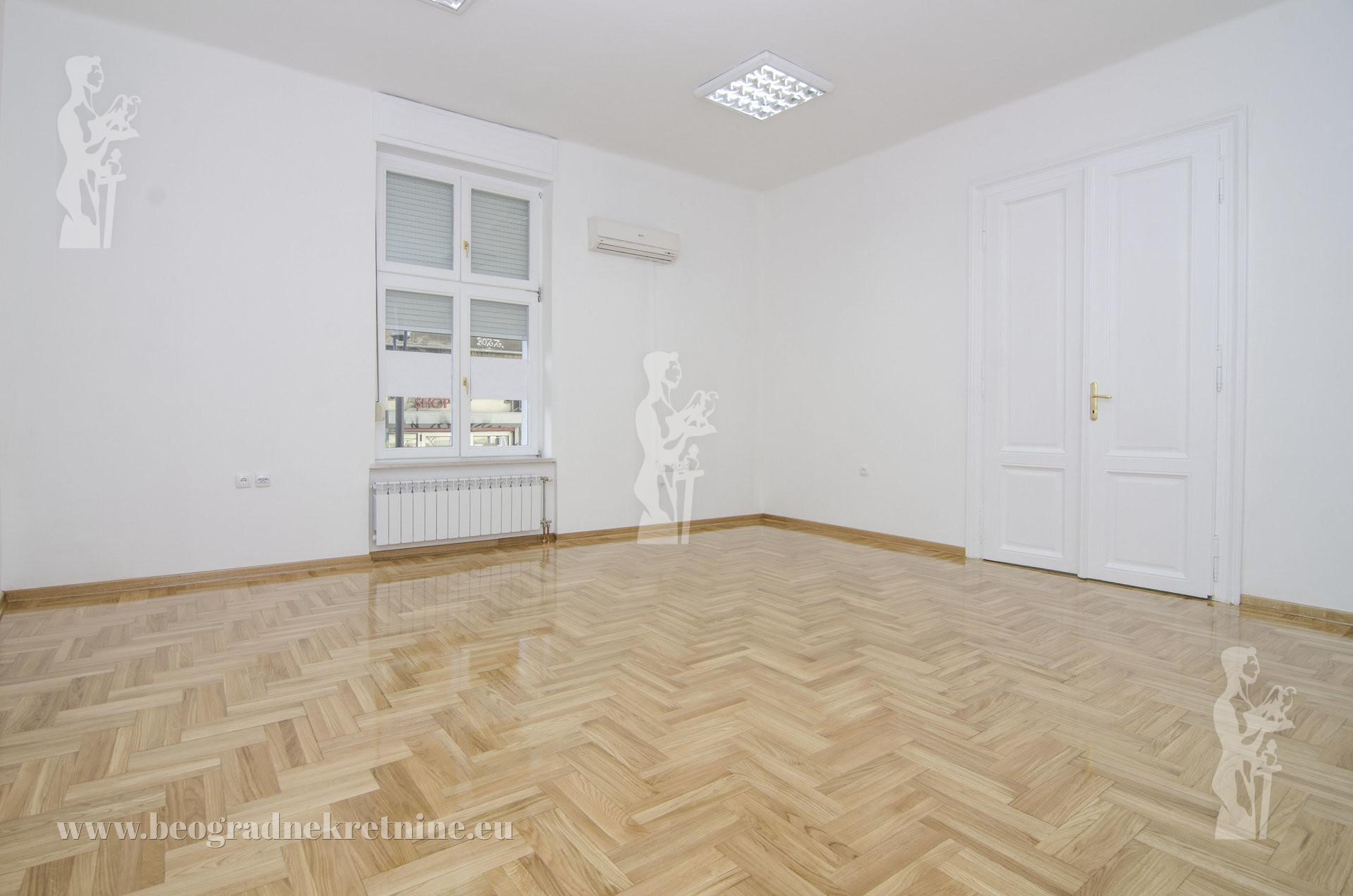 Poslovni prostor Đure Jakšića 3 0 100m2