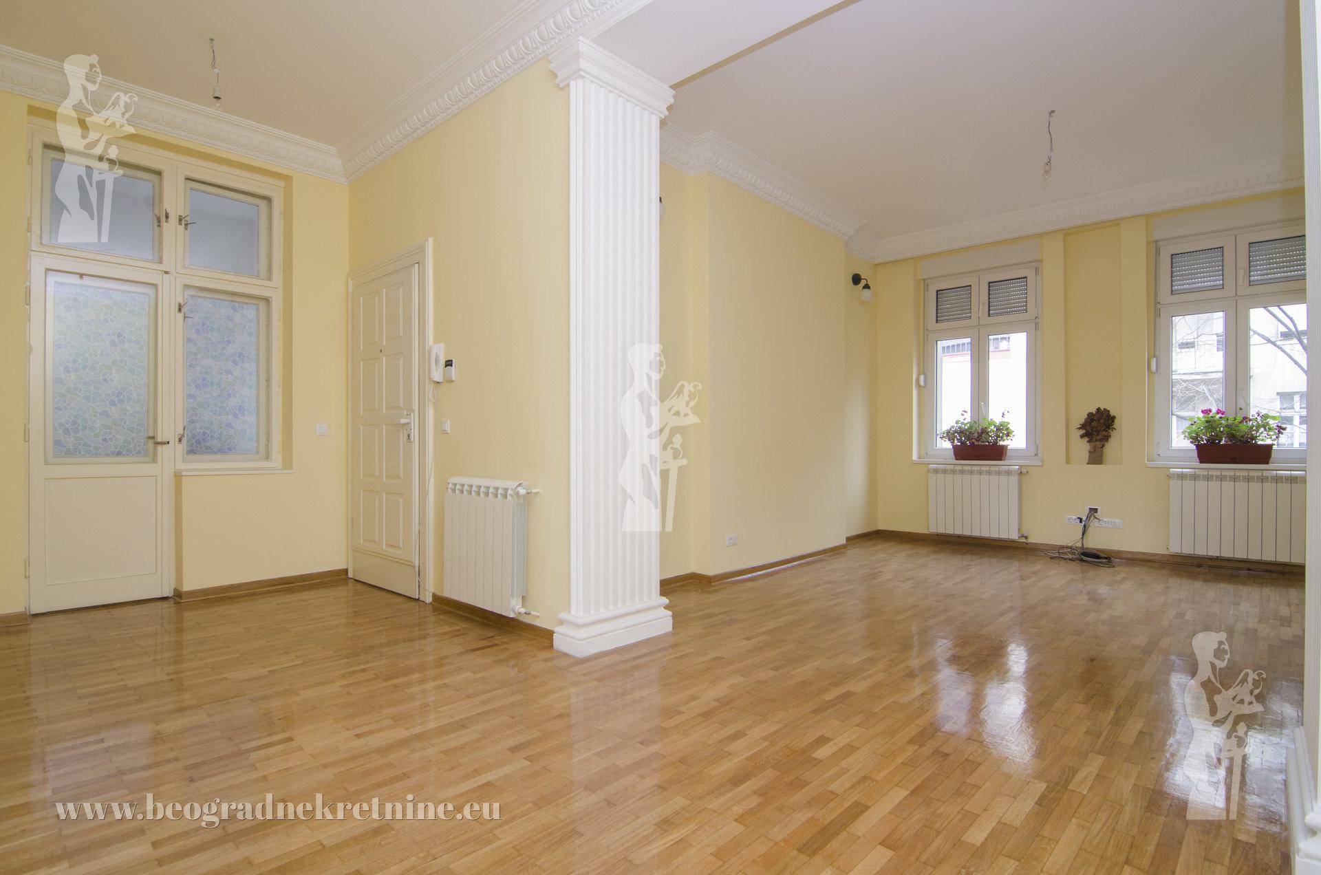 Beograđanka, salonac, 140m2, 1300€, III/VI ID#1823