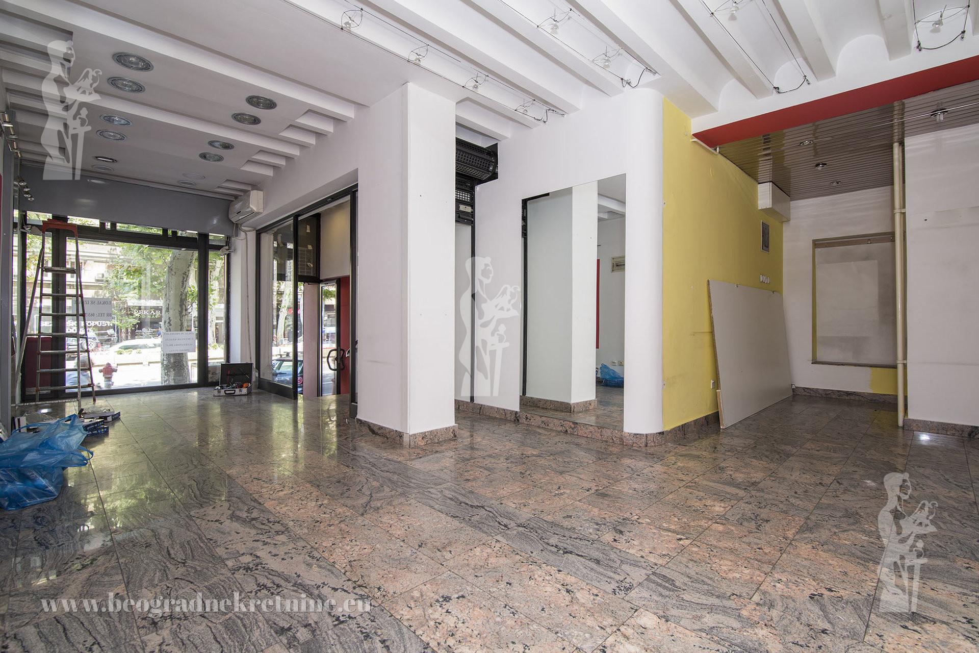 Poslovni prostor centar 39 m2