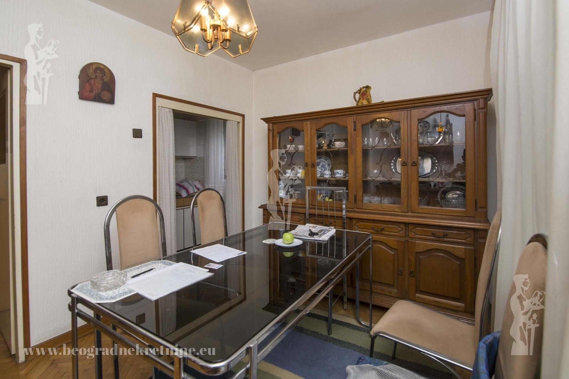 Kuća sa dva stana Zvezdara Kragujevačka