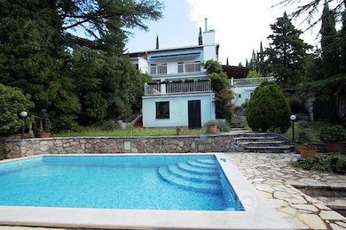 House with pool in an exclusive location, only 100 m from the sea!, Primorje-Gorski Kotar, Crikvenica, Crikvenica